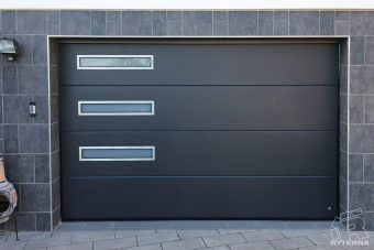 Sectional garage doors (8)